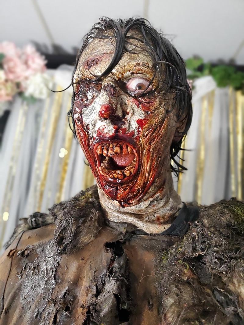 1 DAY OF THE DEAD Steve Kostanski as Zombie.jpg
